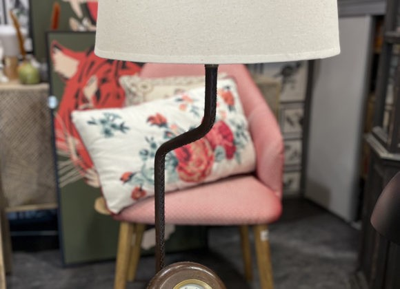 Lampe et horloge